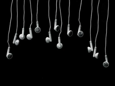 ipod-headphones-listen